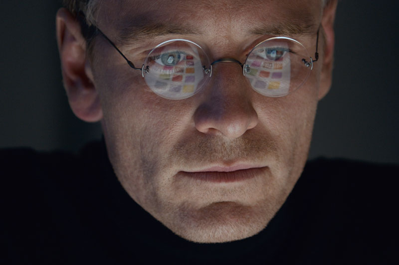 EigaUK-Eiga-UK-Film-News-in-UK-in-Japanese-Featured-Content-Logo-&-Photo-Steve-Jobs-Michael-Fassbender